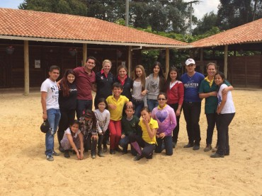 Robbyn Young Y Sara King Entrenando Al Dream Team De Amazonas Y Jinetes De Colombia
